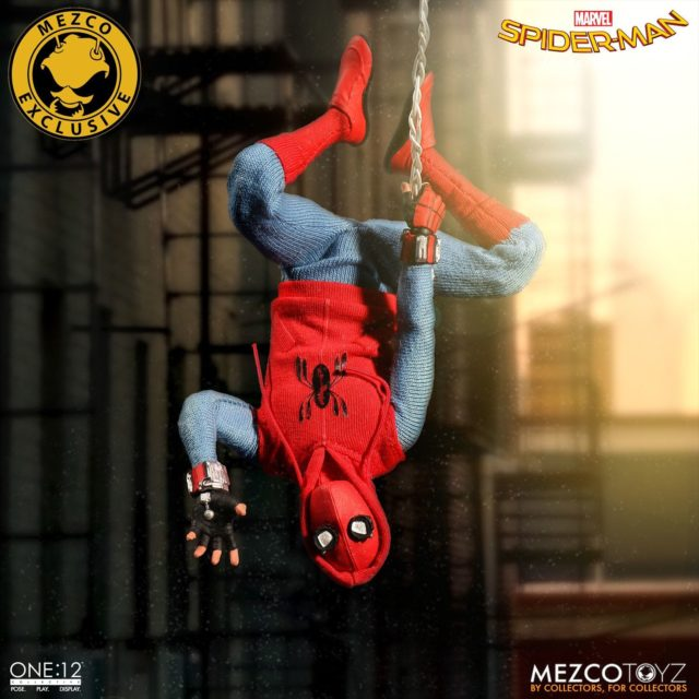 Homemade Suit Spider-Man Mezco ONE12 Collective Figure Hanging Upside Down