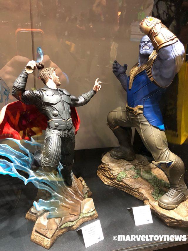 NYCC 2018 Marvel Milestones Statues Thor vs. Thanos