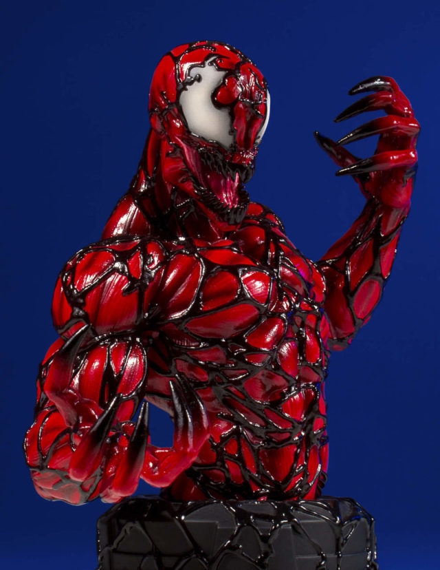 Gentle Giant Carnage Mini Bust Close-Up