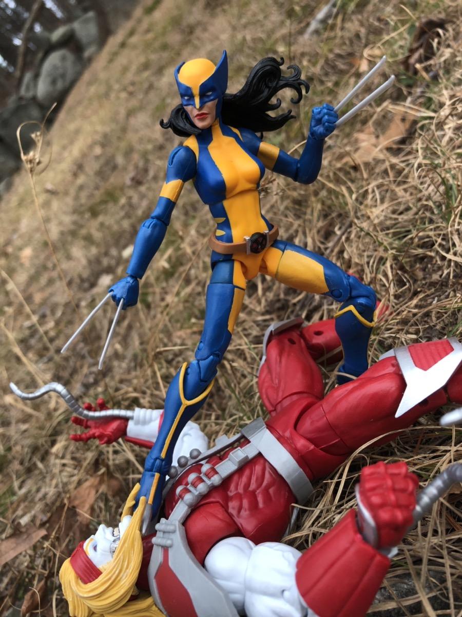 "Marvel Legends 2018 LAURA KINNEY WOLVERINE FIGURE Loose 6/"" Deadpool Sauron Wave"