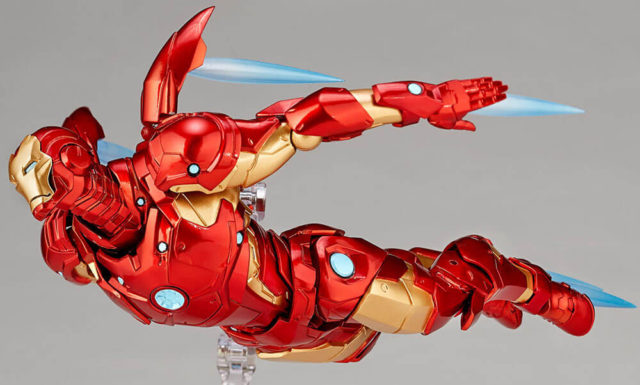 Revoltech Iron Man Bleeding Edge Figure Flying