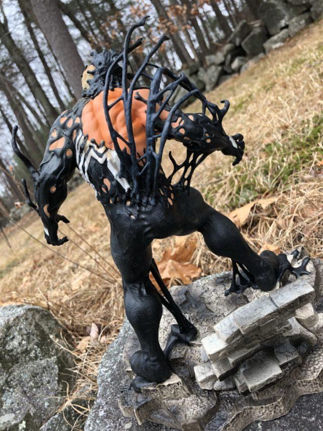Back of Venom Diamond Select Toys Gallery PVC Figure