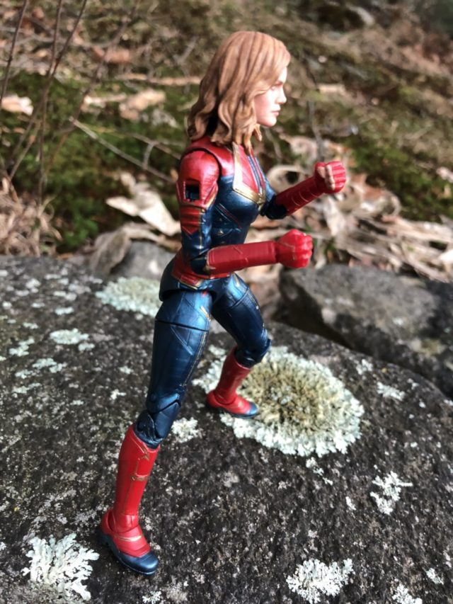 Captain Marvel Legends Movie Figure Missing Shoulder Pad