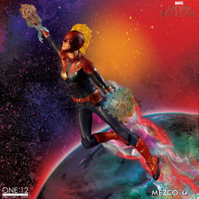 Captain Marvel ONE 12 Collective Figure Flying with Masked Head