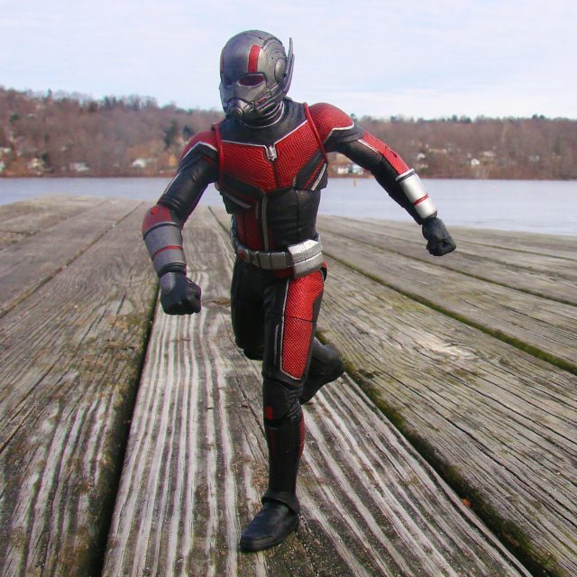 Ant-Man and The Wasp Marvel Select Ant-Man Action Figure Exclusive