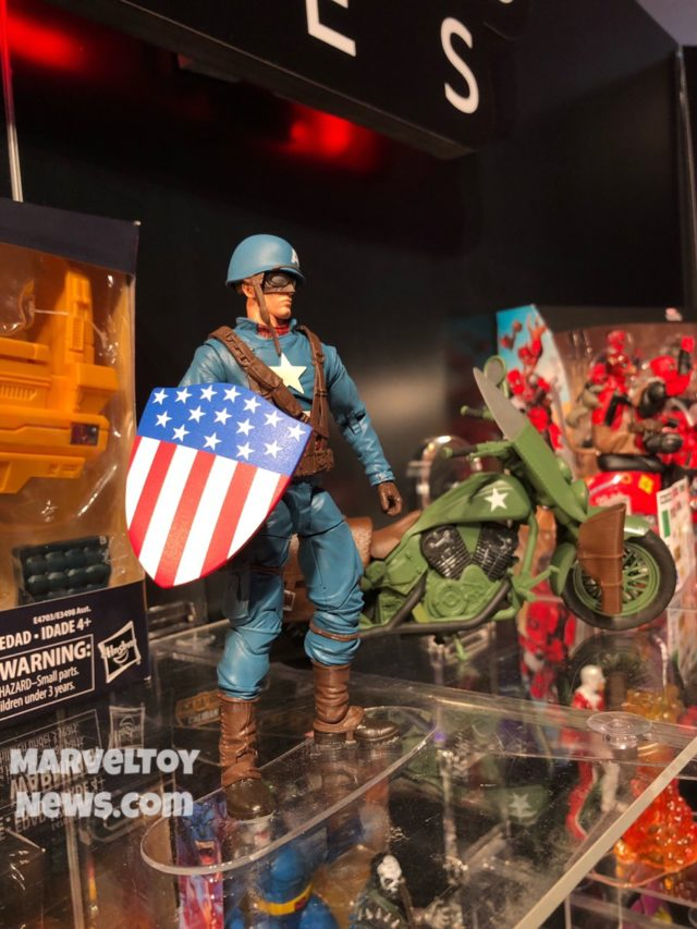 New York Toy Fair 2019 WWII Captain America Motorcycle Legends Set Hasbro