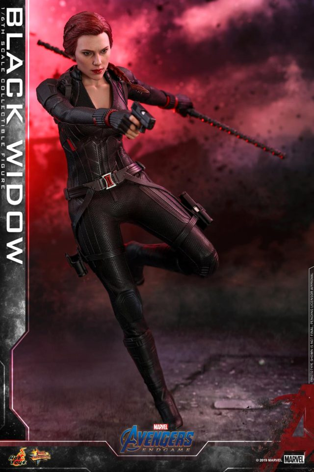 Hot Toys Endgame Black Widow with Baton Staff and Gun