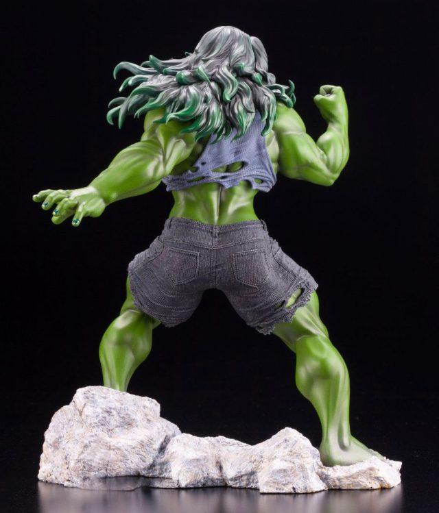 Back of Kotobukiya Avengers ARTFX Premier She-Hulk Statuew