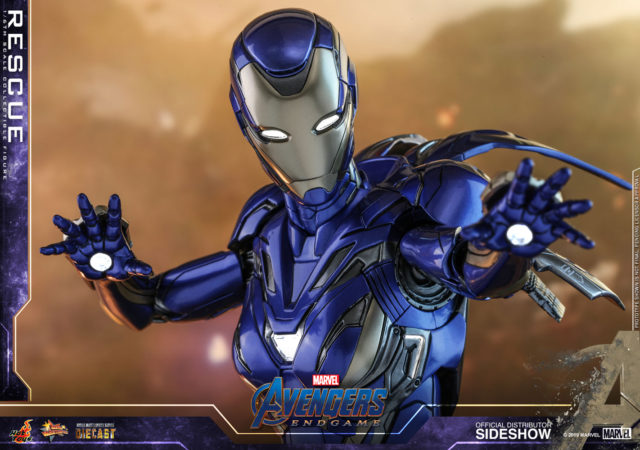 Light-Up LED Features on Hot Toys Rescue Pepper Potts Mark 49 Iron Man