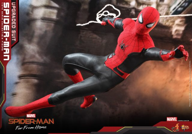 Hot Toys FFH Spider-Man Movie Sixth Scale Figure