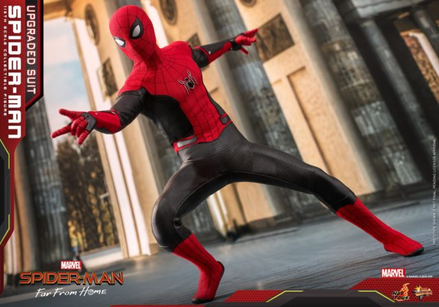 Hot Toys Spider-Man Far From Home MMS Figure Upgrade Suit