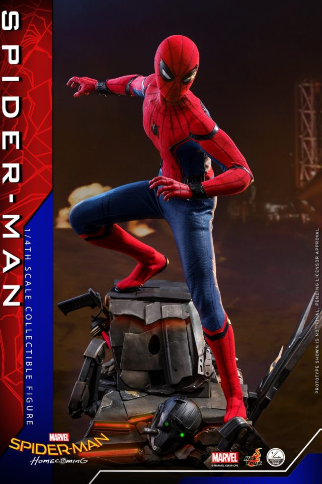 Hot Toys Spider-Man Homecoming Quarter Scale Figure