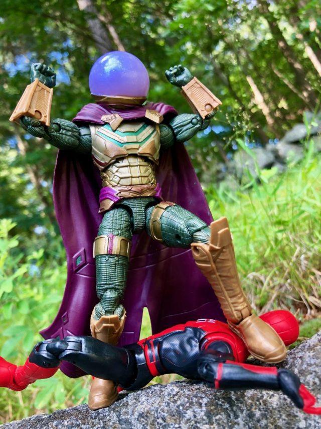 Spider-Man FFH Mysterio Marvel Legends Figure Kills Spidey