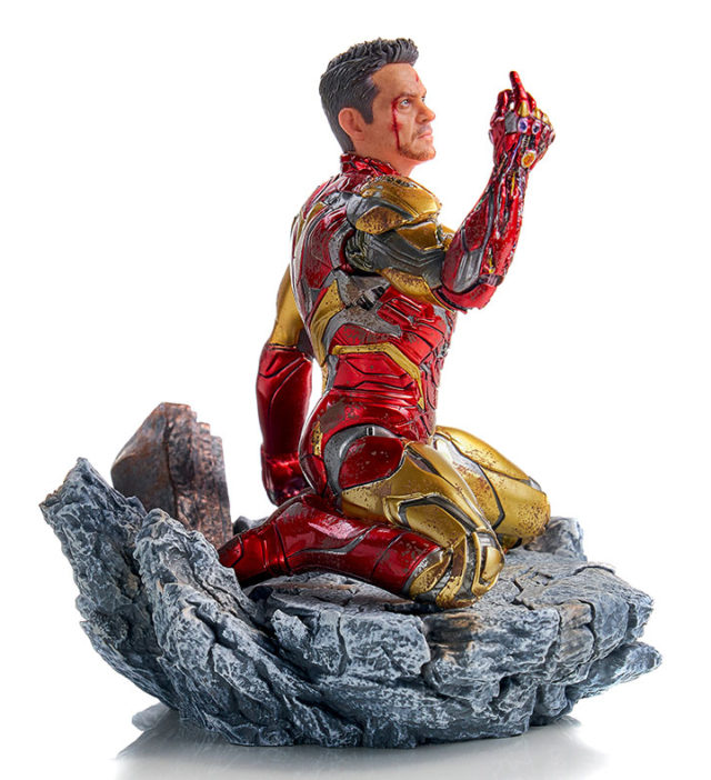 Iron Studios Iron Man Endgame Battle Diorama Series Statue Snapping