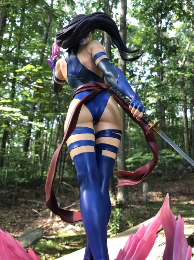 Premium Format Psylocke Statue Sideshow Collectibles 2019 Back