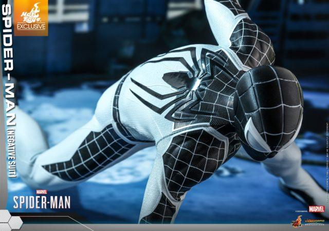 PS4 Spider-Man Negative Suit Hot Toys Figure