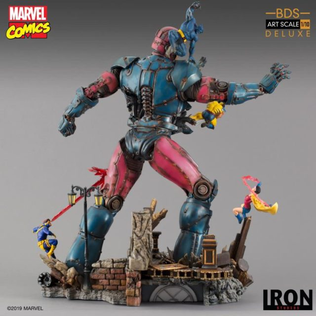 X-Men vs Sentinel Diorama Statue Back Iron Studios