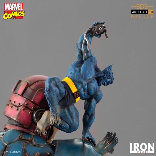 Iron Studios Beast on Sentinel vs. X-Men Diorama