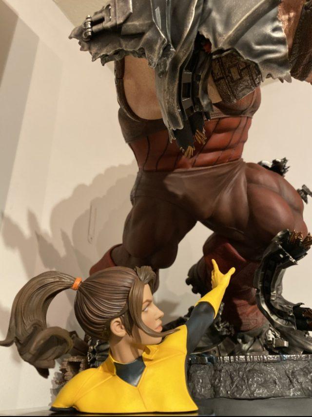 Kitty Pryde Premium Format Figure Reaching for Juggernaut Sideshow EX
