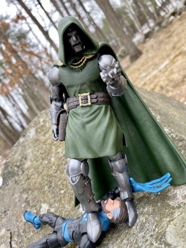 Review Marvel Legends 2020 Dr Doom Action Figure