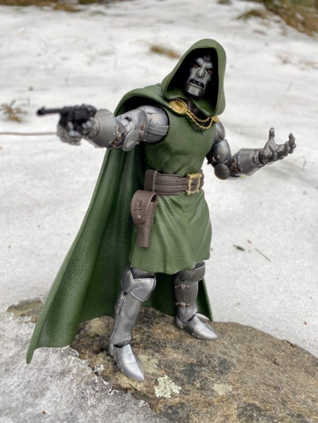 Doctor Doom Hasbro Marvel Legends Action Figure 2020 Review