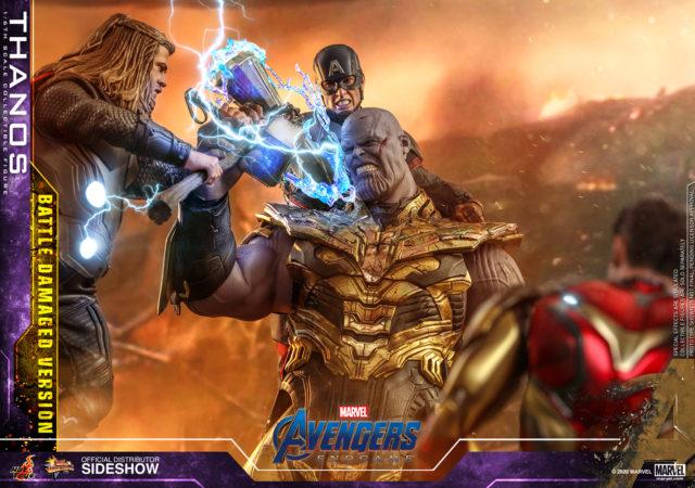 Battle Damaged Version Thanos Hot Toys Endgame Figure vs Cap Thor Iron Man
