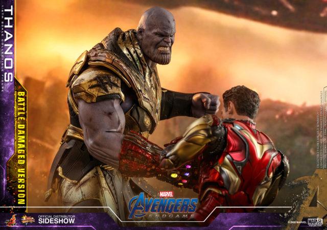 Hot Toys Avengers Endgame Thanos Battle Damaged Version vs Iron Man 85