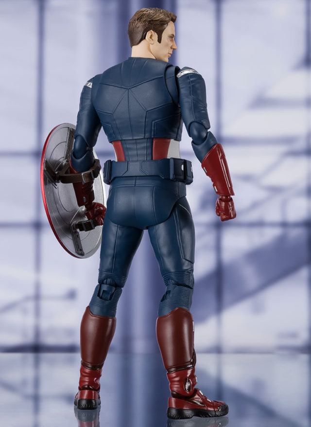 Back of Cap vs Cap Figuarts Avengers Endgame Movie Figure