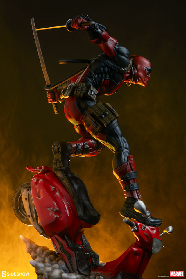 Sideshow Deadpool Premium Format Figure Scooter