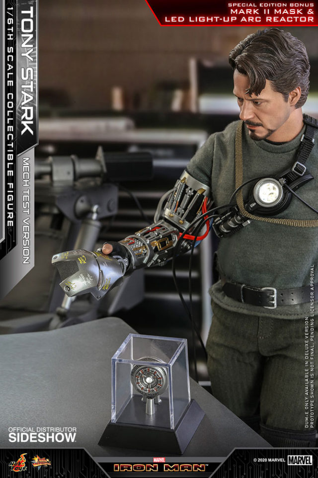 LED Light Up ARC Reactor and Mark II Mask Special Edition Hot Toys Mech Test Tony Stark 2