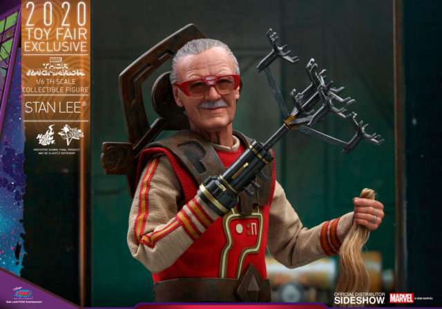 Stan Lee Hot Toys Ragnarok Toy Fair Exclusive with Thor Hair