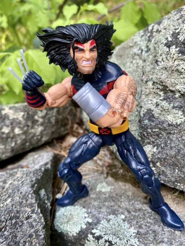 Hasbro 2020 X-Men Legends Wolverine AOA Weapon X Figure