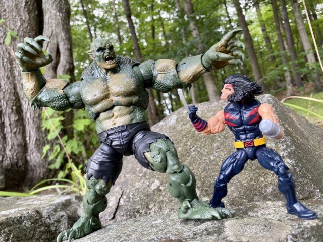 2020 Marvel Legends Abomination Video Game Figure vs AOA Weapon X Wolverine