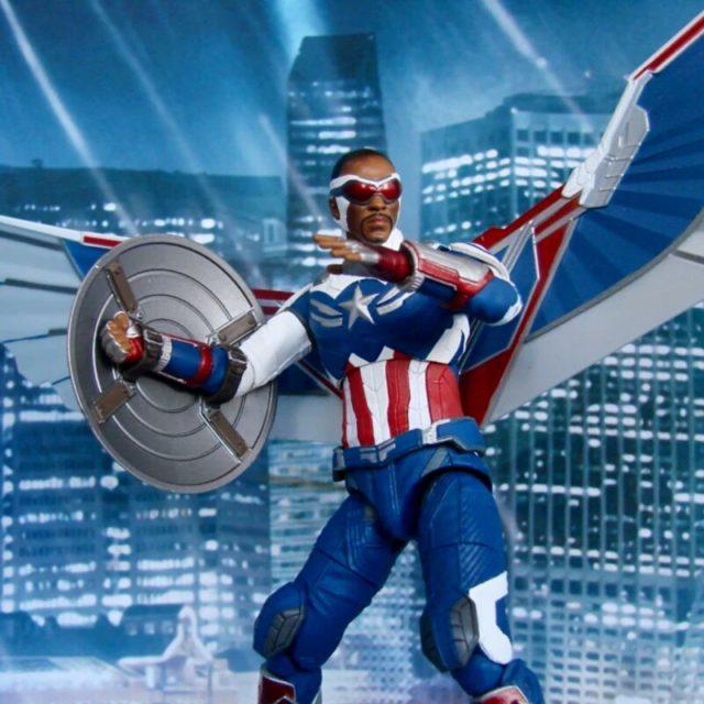 Diamond Select Falcon Captain America Sam Wilson Figure