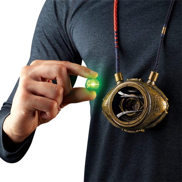 Removable Time Stone from Hasbro Eye of Agamotto Marvel Legends Role Play Toy