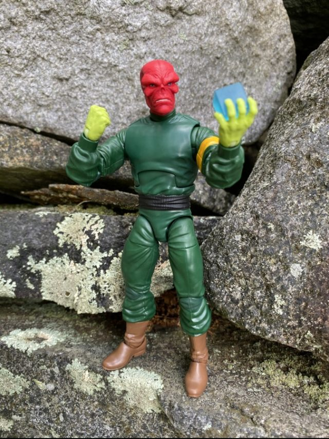 Marvel Legends Classic Red Skull Figure with Tesseract Cosmic Cube