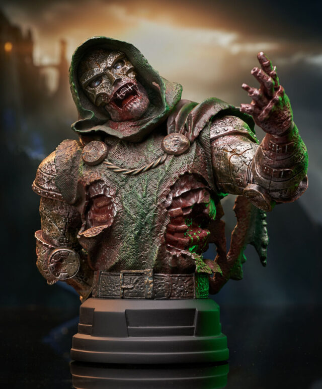 Gentle Giant Marvel Zombies Doctor Doom Mini Bust Exclusive NYCC 2021