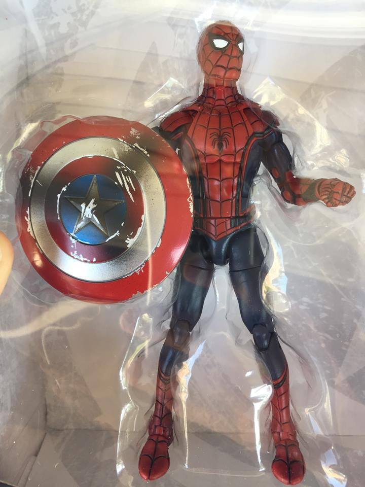 http://marveltoynews.com/wp-content/uploads/2016/07/Civil-War-Spider-Man-Marvel-Legends-Figure-in-Bubble-Packaging.jpg
